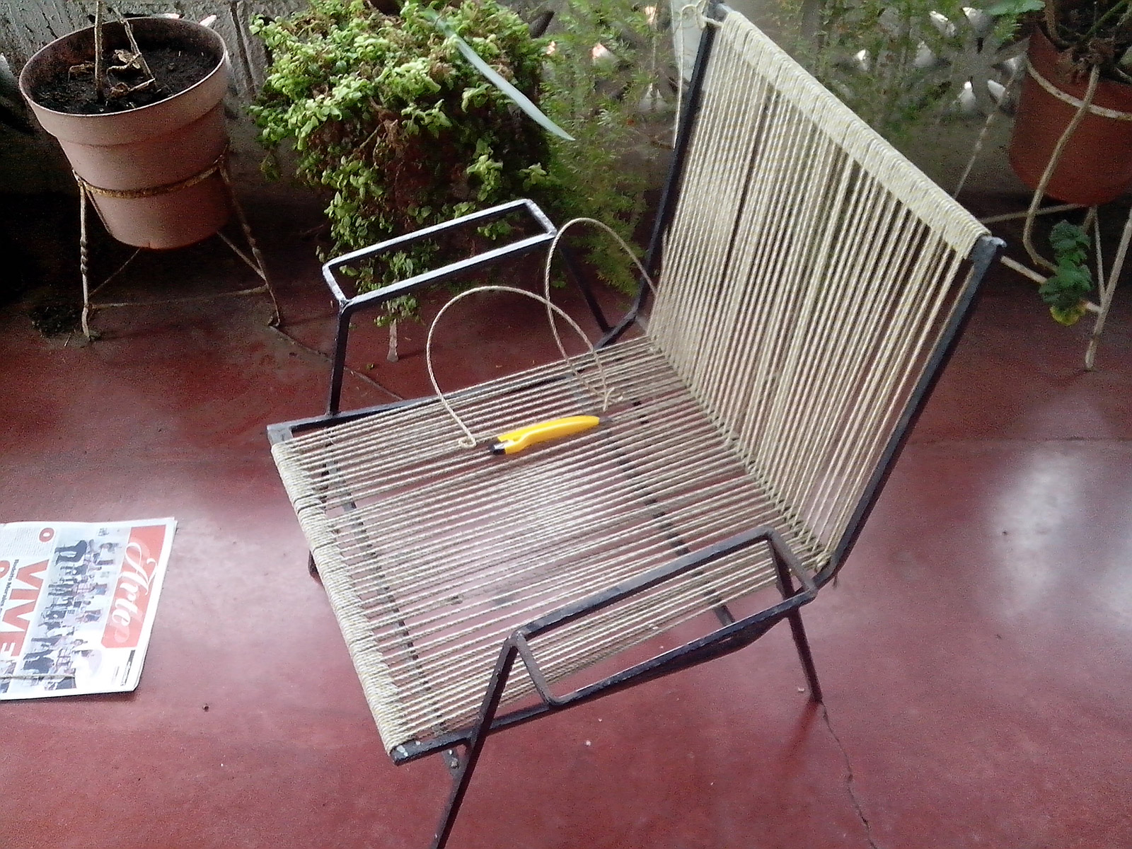 Renovation of steel frame lounge chairs, previous conditions